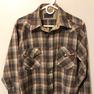 Pendleton western pearl snap medium made in USA